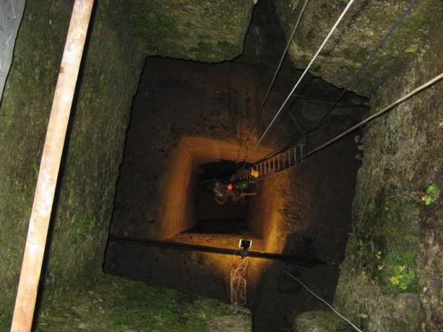 Studňa na dne cisterny
